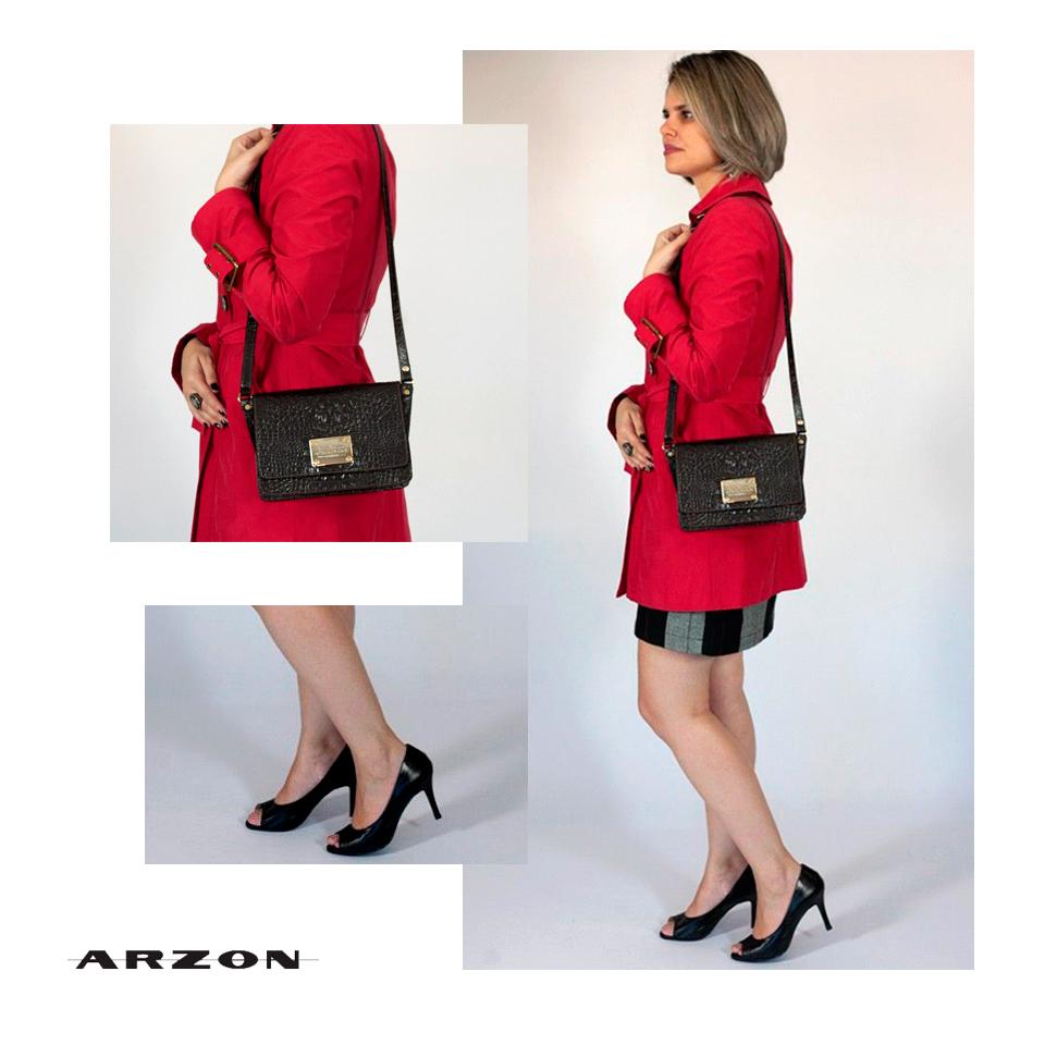 bolsa pequena em couro café Arzon